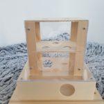 intelligenzturm-fuer-katzen-leckerlieturm-fummelbox