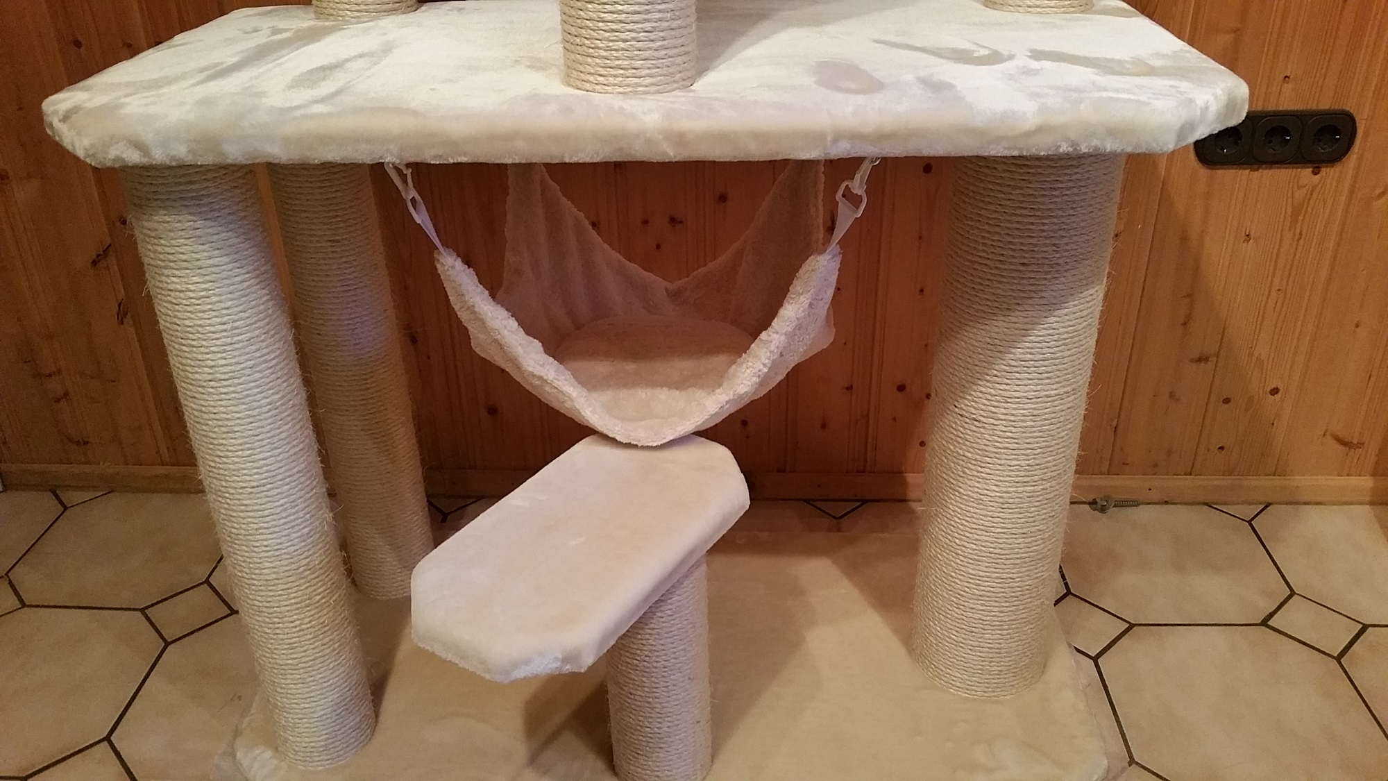 kratzbaum individuell massiv edelpl sch katzen stabil. Black Bedroom Furniture Sets. Home Design Ideas
