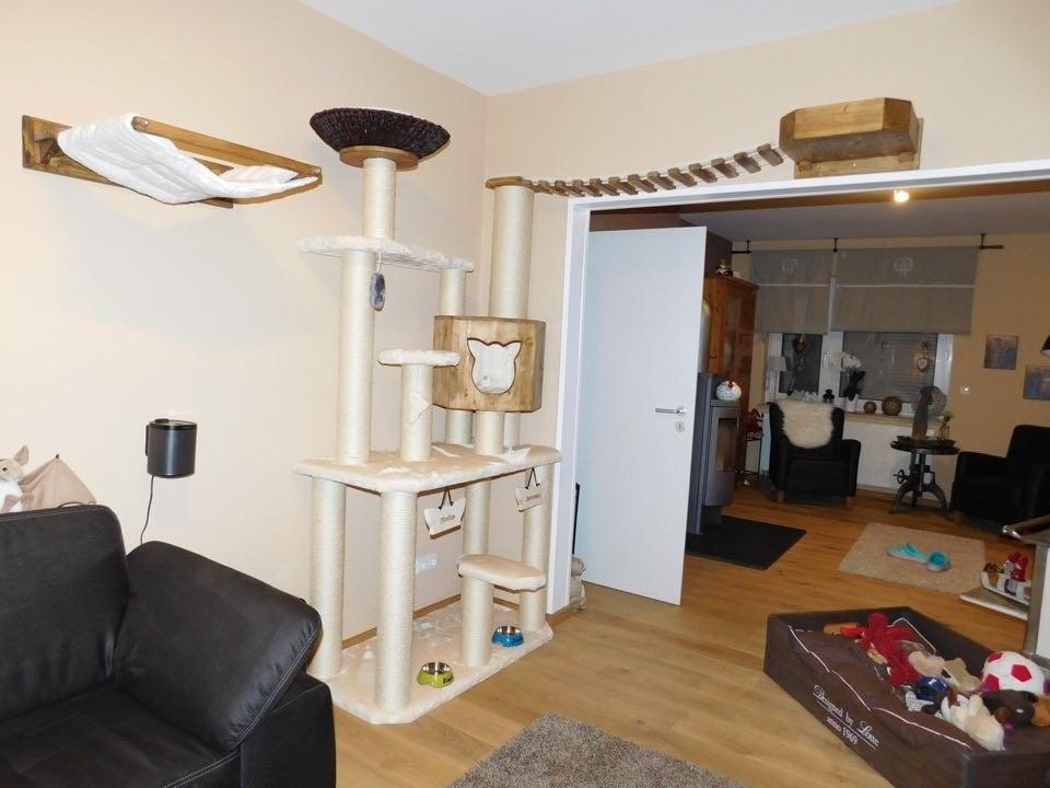 kratzbaum hersteller sonderanfertigung katzenlandschaft. Black Bedroom Furniture Sets. Home Design Ideas