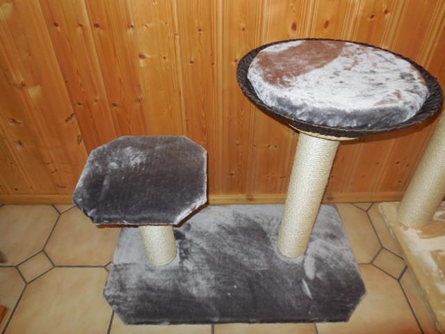 kratzbaum massiv stabil. Black Bedroom Furniture Sets. Home Design Ideas