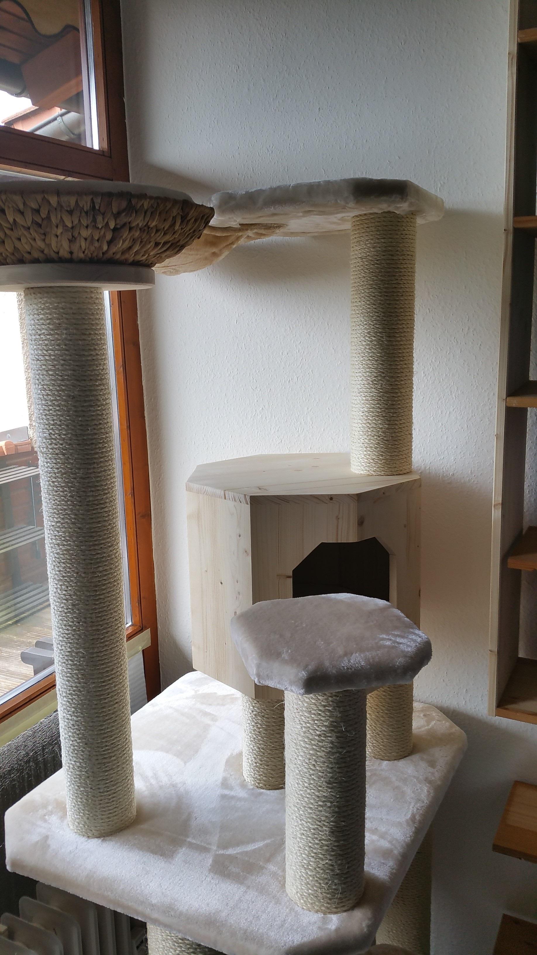 kratzbaum stabil massiv naturkratzbaum pluesch. Black Bedroom Furniture Sets. Home Design Ideas