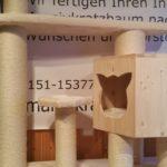 naturkratzbaum-kratzbaum-fuer-katzen-hoehle-fuer-katzen-fummelbrett