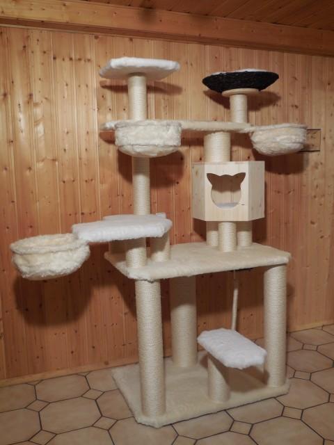 Kratzbaum mit 3 Liegemulden, Holzhöhle für Katze, große Liegeflächen
