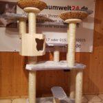 Kratzbaum auf Kundenwunsch gefertigt mit vielen Liegeflächen
